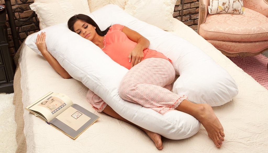 best pregnancy pillow for side sleepers smart home keeping. Black Bedroom Furniture Sets. Home Design Ideas