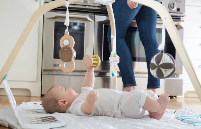 The best baby gym for newborns smart home keeping